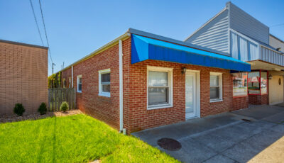 152 N Main Street Hillsville, VA 3D Model